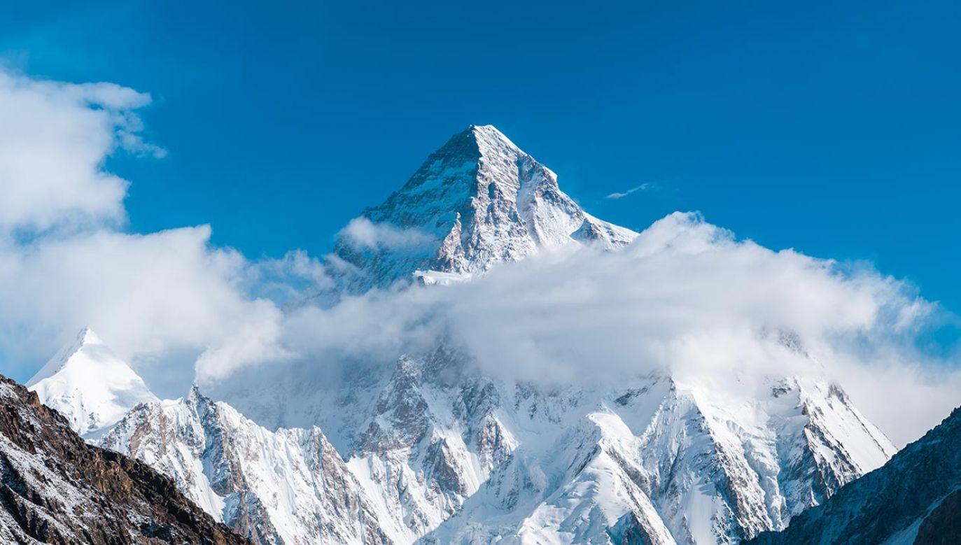 K2 (8611 m) w Karakorum jest ostatnim ośmiotysięcznikiem, na którym stanął zimą człowiek (fot. Shutterstock/Thrithot)