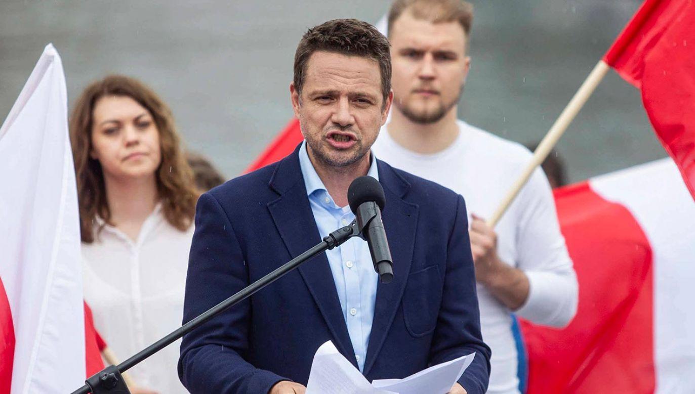Trzaskowski sam przyznał, że nie wie, ile ma jeszcze urlopu (fot. PAP/Jan Dzban)