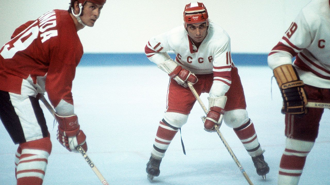 W barwach ZSRR Zimin zwyciężył w igrzyskach w Grenoble w 1968 r. i w Sapporo w 1972 roku (fot. Melchior DiGiacomo/Getty Images)