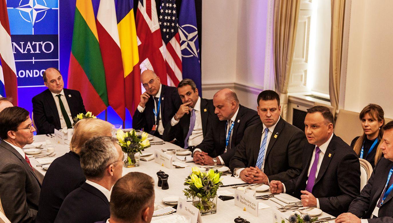 Komentarze po londyńskim szczycie NATO (fot. Celestino Arce/NurPhoto via Getty Images)