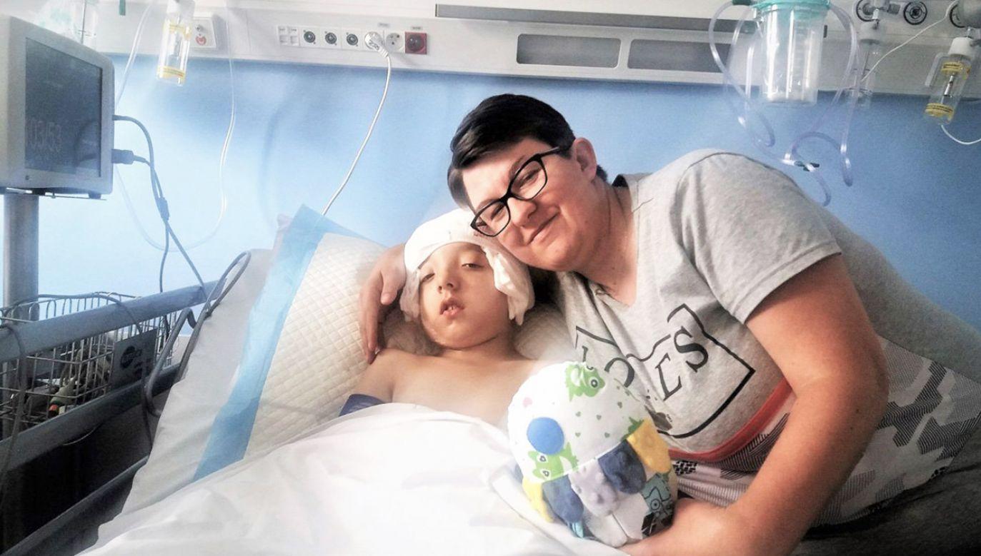 """""""Jestem bardzo szczęśliwa, że mamy to już za sobą"""" (fot. Wojewódzki Specjalistyczny Szpital Dziecięcy w Olsztynie)"""