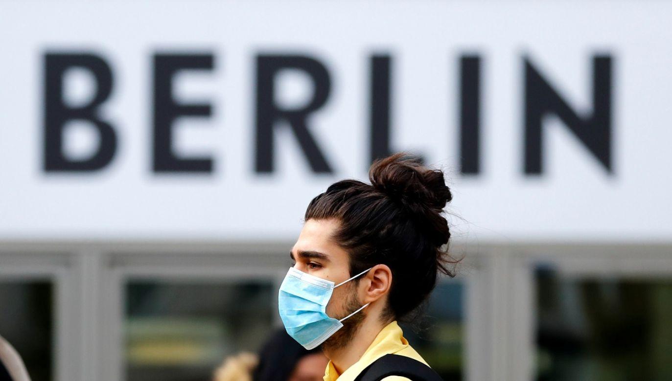 Średni wskaźnik zakażeń był dotąd względnie niski (fot. Reuters/Fabrizio Bensch)