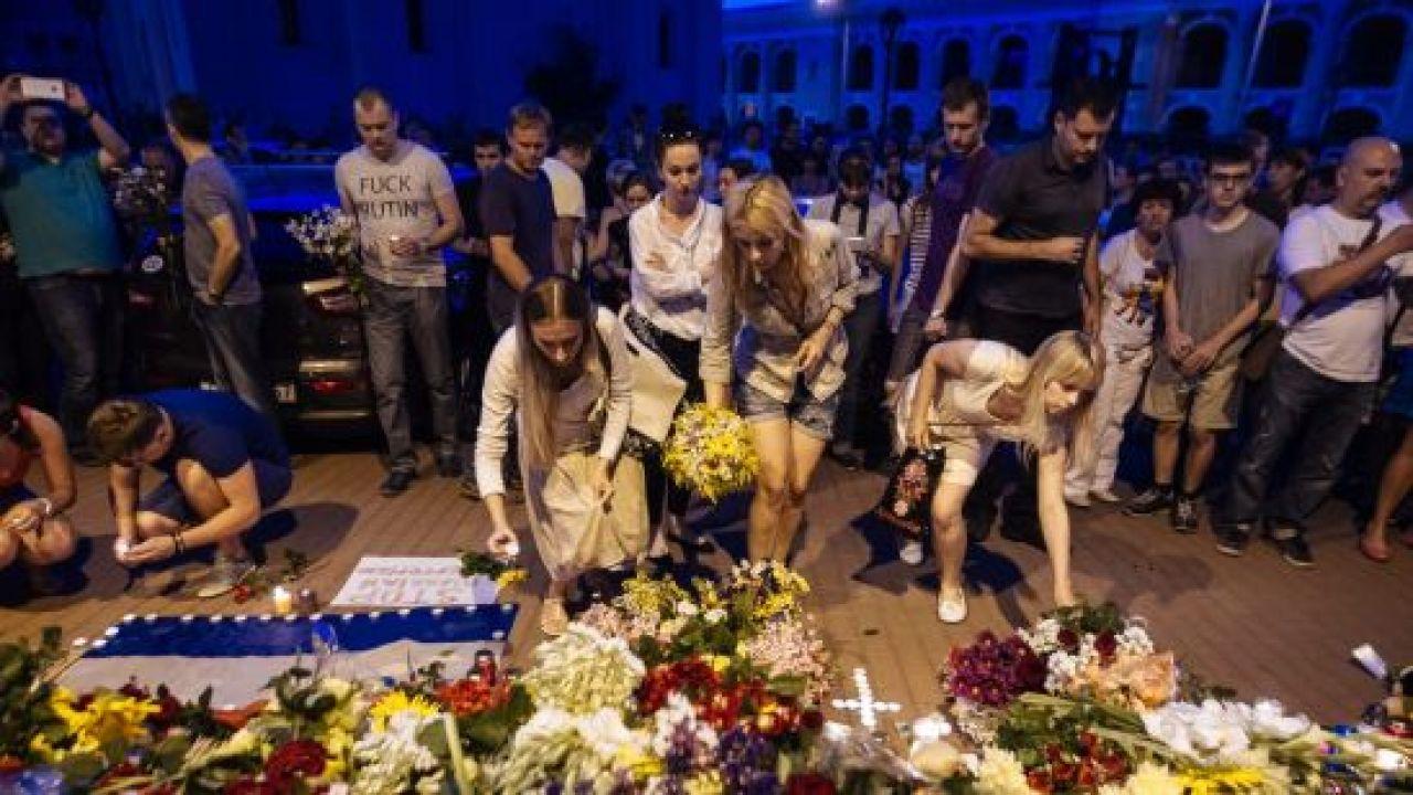 Większość ofiar katastrofy pochodziła z Holandii (fot. PAP/EPA/ROMAN PILIPEY)