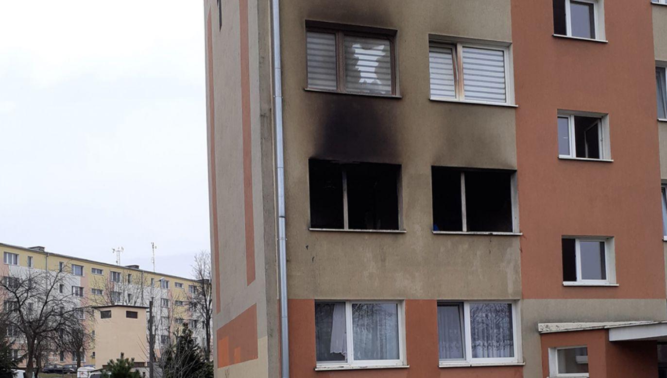 Jedna osoba została przewieziona do szpitala (fot. Komenda Powiatowa PSP w Zambrowie)