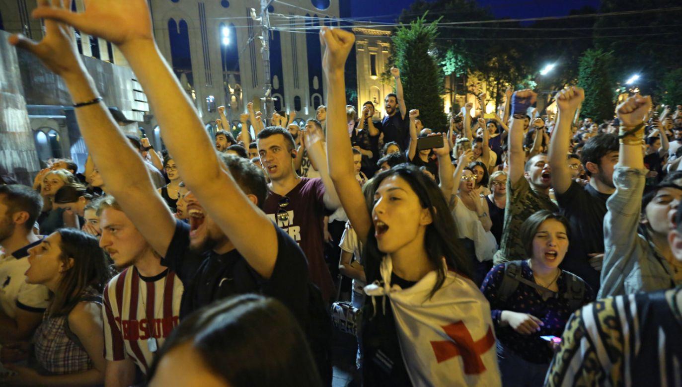 W Gruzji zapowiadane są kolejne demonstracje (fot. PAP/EPA/STRINGER)