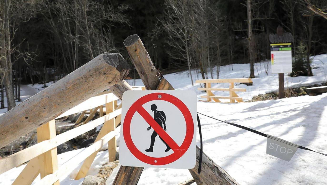 Zakazano wspinaczki i narciarstwa ekstremalnego w rejonie Morskiego Oka (fot. PAP/Grzegorz Momot)