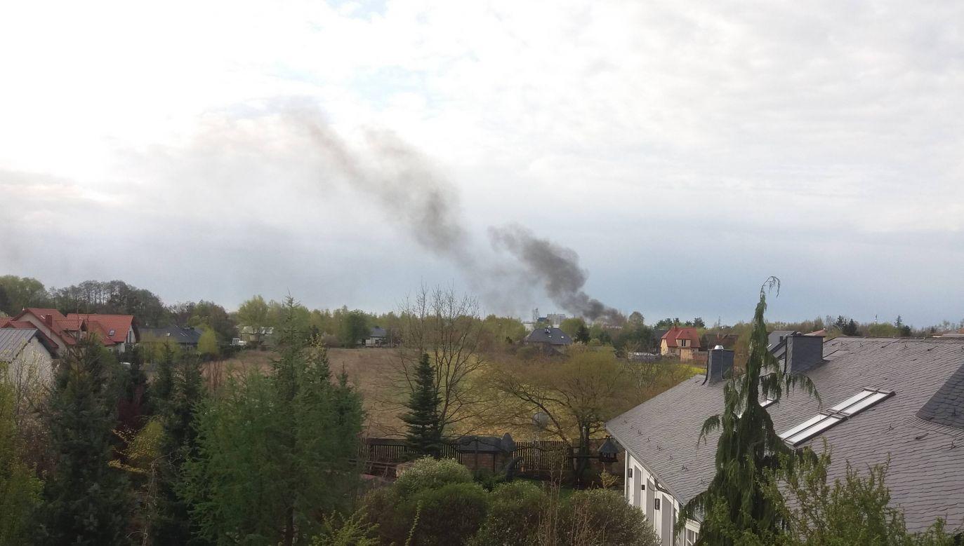 """""""Słup gęstego i czarnego dymu było widać z kilku kilometrów"""" (fot. Twoje Info)"""