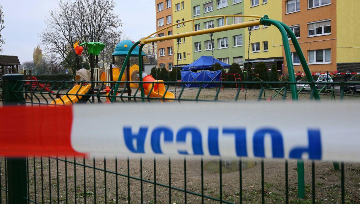 Piotr Korytkowski złożył kondolencje rodzinie nieżyjącego 21-latka (fot. PAP/Tomasz Wojtasik)