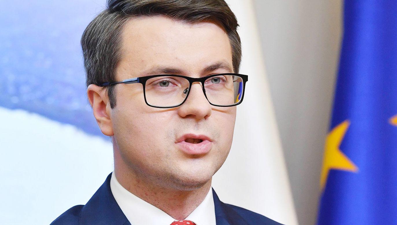 Rzecznik rządu o dezinformacji (fot. PAP/Radek Pietruszka)