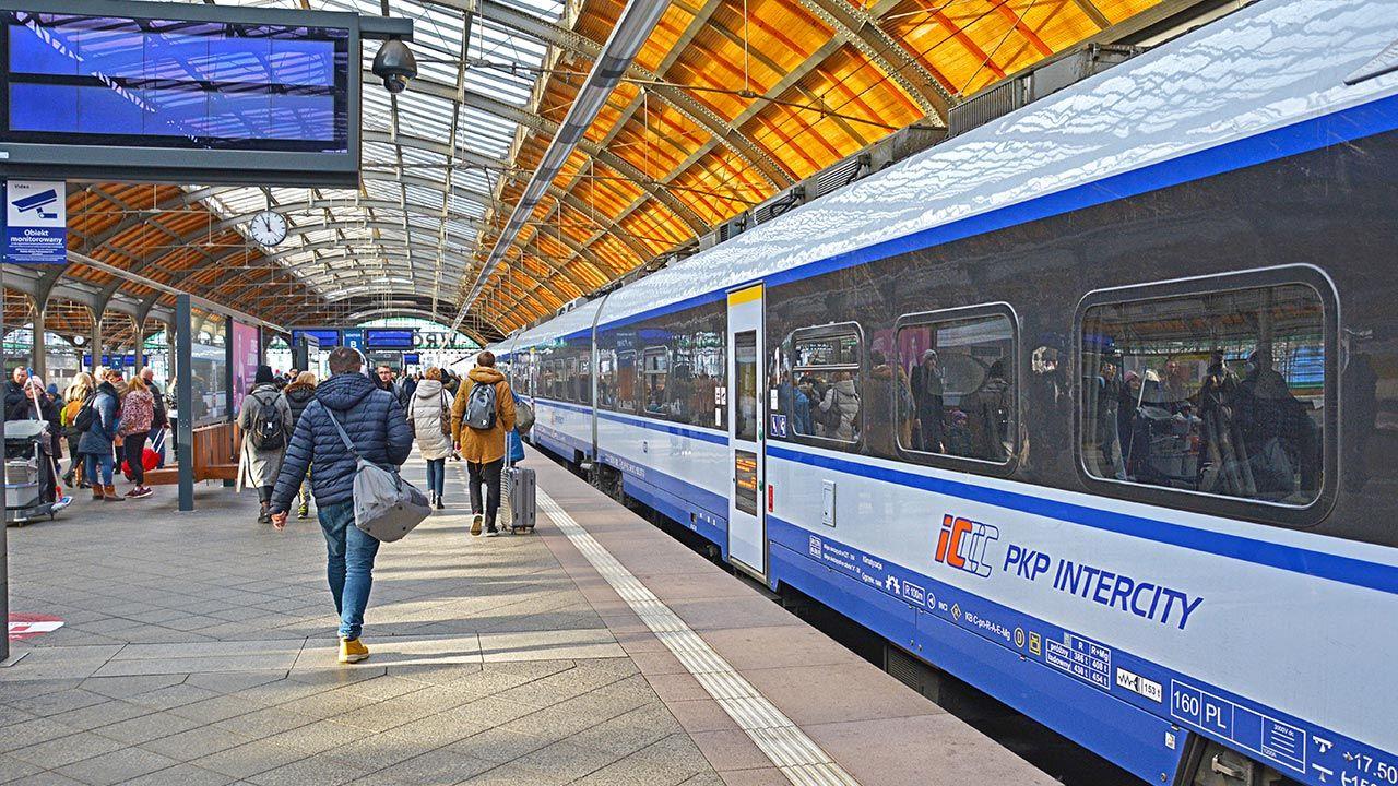 Zakończono prace na torach między Wrocławiem a Sobótką (fot. Shutterstock)