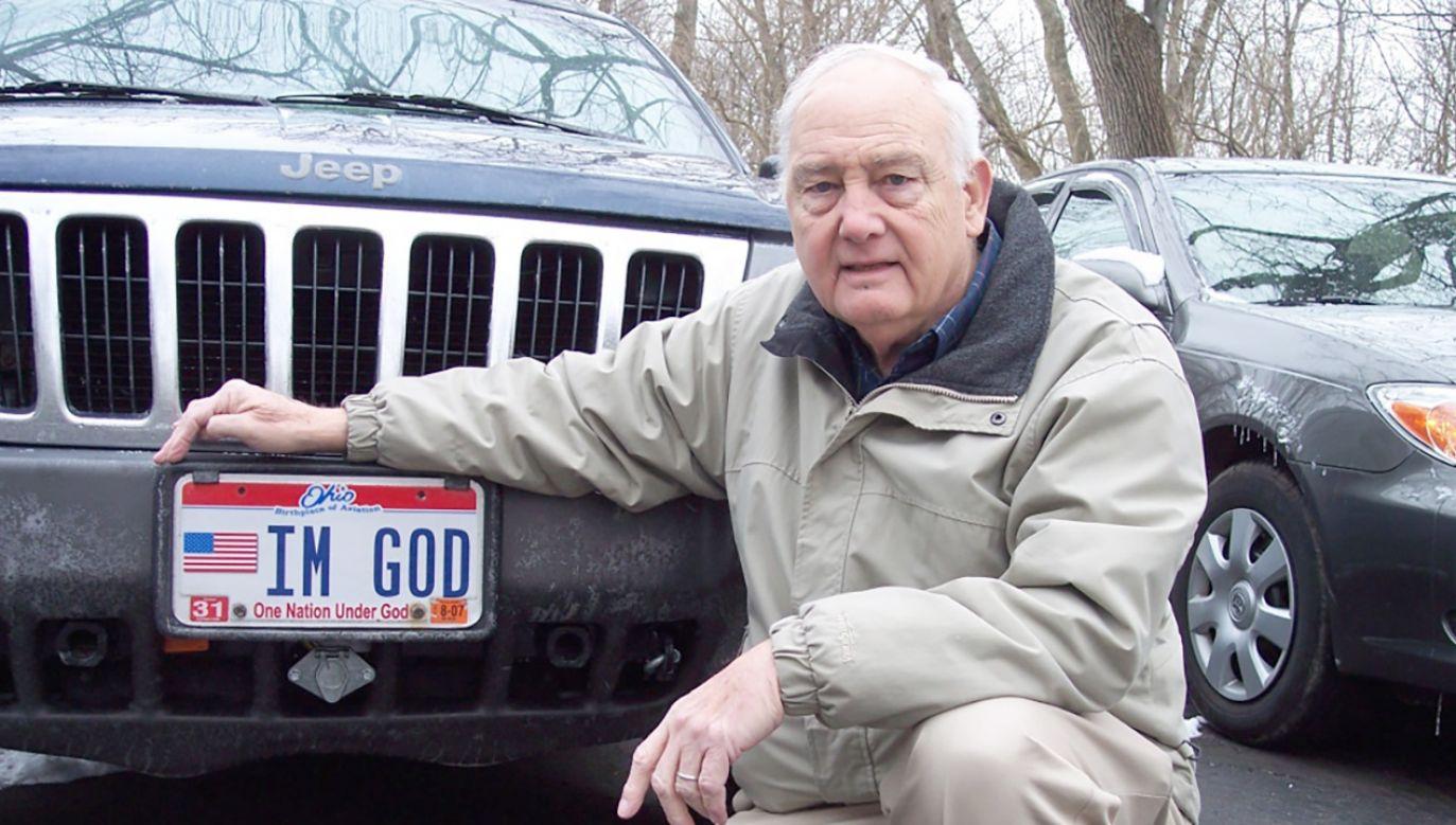 Mężczyzna deklaruje się jako ateista (fot. Freedom From Religion Foundation)