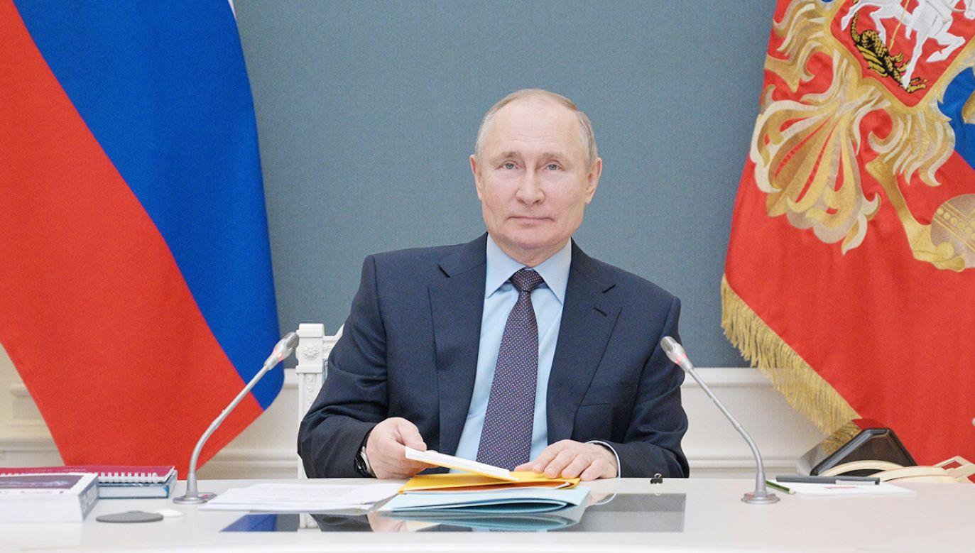 Prezydent Rosji Władimir Putin wygłosi przemówienie podczas wirtualnego szczytu (fot. Alexei Druzhinin\TASS via Getty Images)