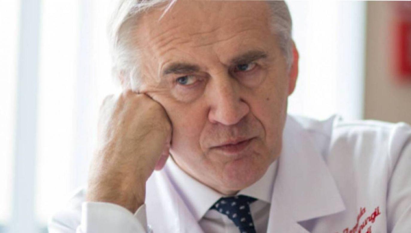Premier podziękował  b.ministrowi zdrowia  prof. Marianowi Zembali (fot.  K. Matuszyński/mat.prasowe)