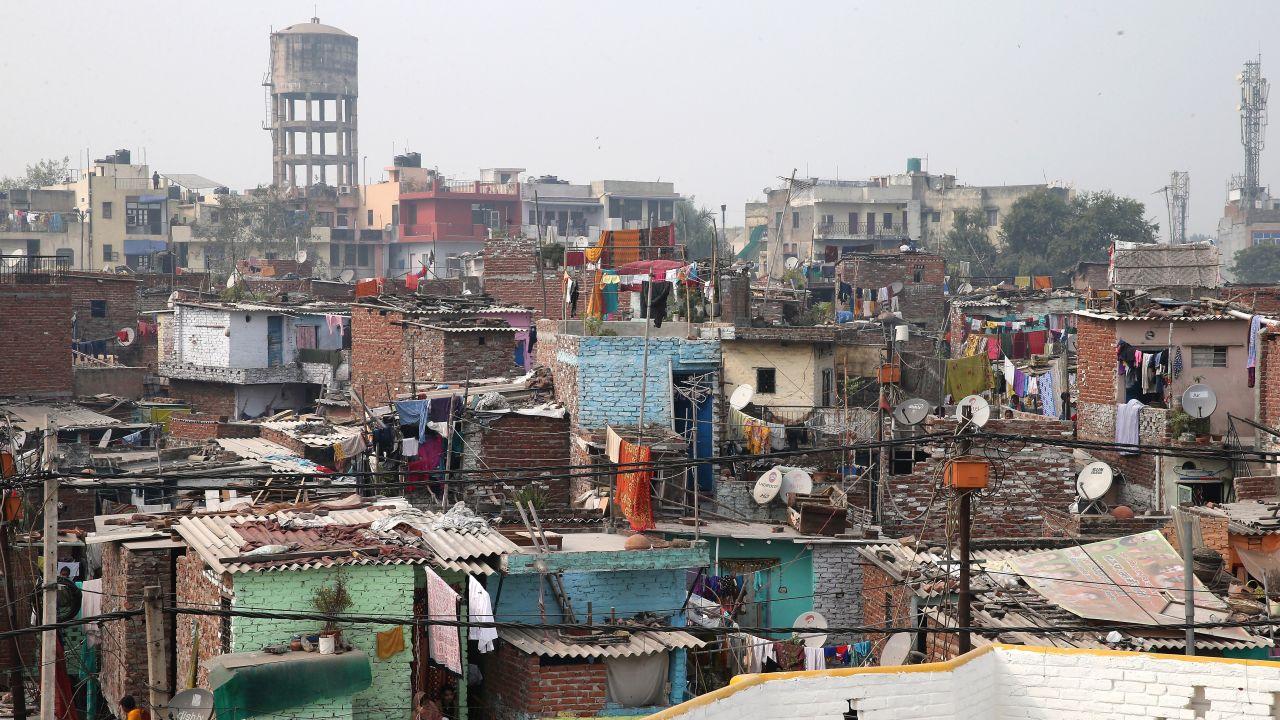 Ciała jedenastu członków tej samej rodziny znaleziono w domu na przedmieściach Delhi (fot. Gettyimages)