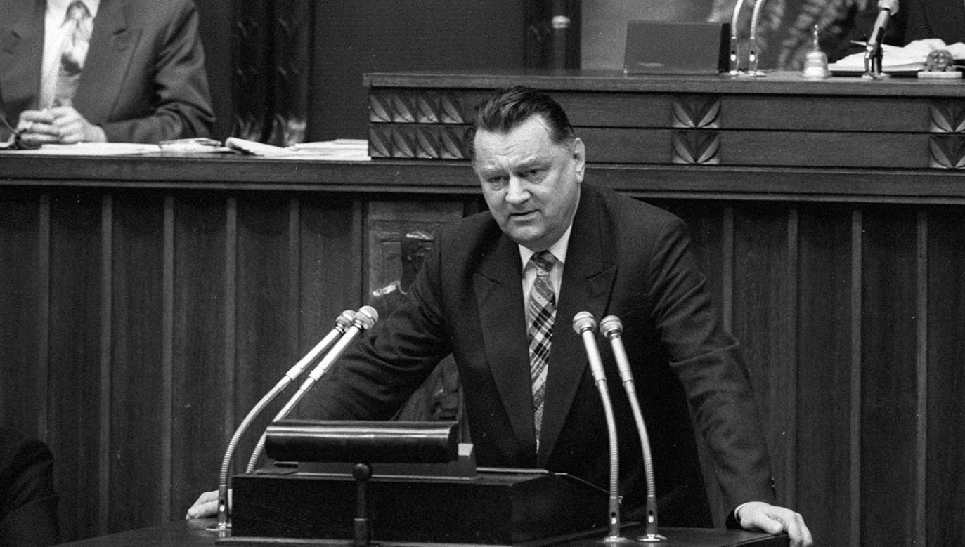 28 lat temu obalono rząd Olszewskiego (fot. PAP/Ireneusz Radkiewicz)