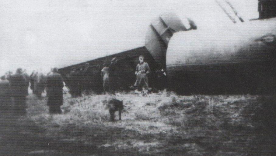Spiskowcy wysadzili wiele pociągów (fot. Histmag.org)