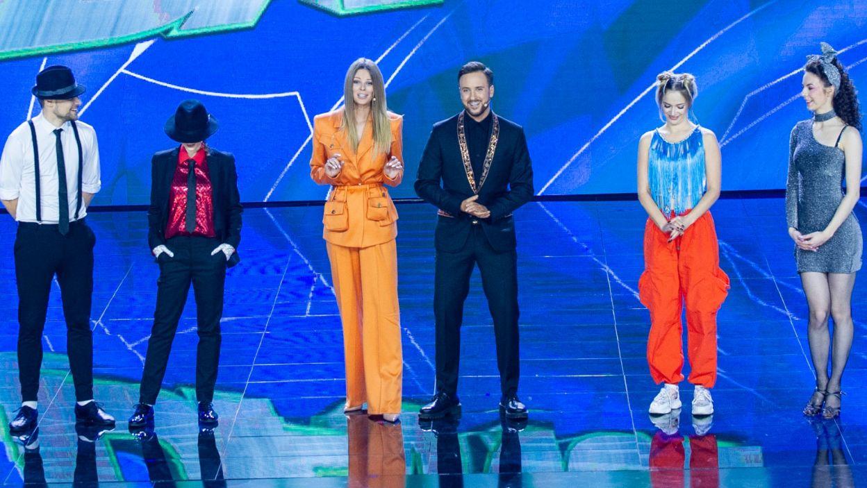 Poprzeczka postawiona jest bardzo wysoko! Jak tym razem uczestnicy poradzili sobie podczas występów solo? (fot. TVP)