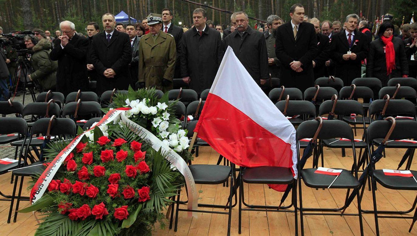 Jadwiga Wiśniewska wspominała puste krzesła w lesie katyńskim (fot. PAP/Grzegorz Jakubowski)