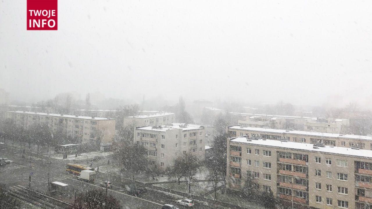 Śnieg spadł też w Warszawie (fot. Twoje Info)