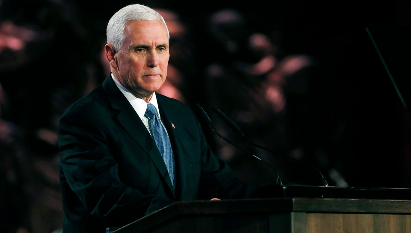 W czasie czwartkowych uroczystości w Jerozolimie Mike Pence mówił o Polsce jako jednej z ofiar II wojny światowej (fot. PAP/EPA/RONEN ZVULUN / POOL)