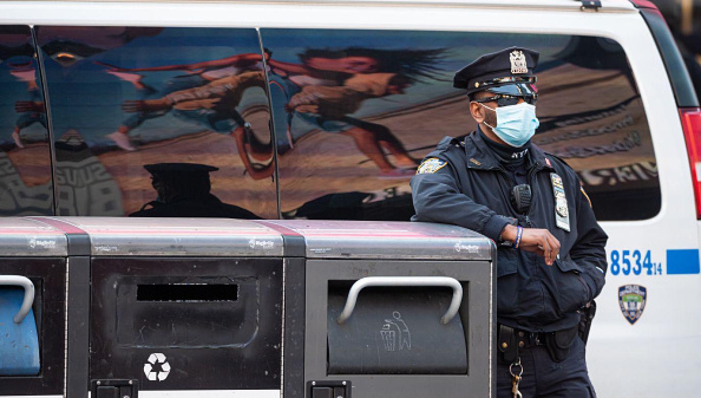 Nowa polityka nie wymaga przybywania do sądu (fot. Getty Images)