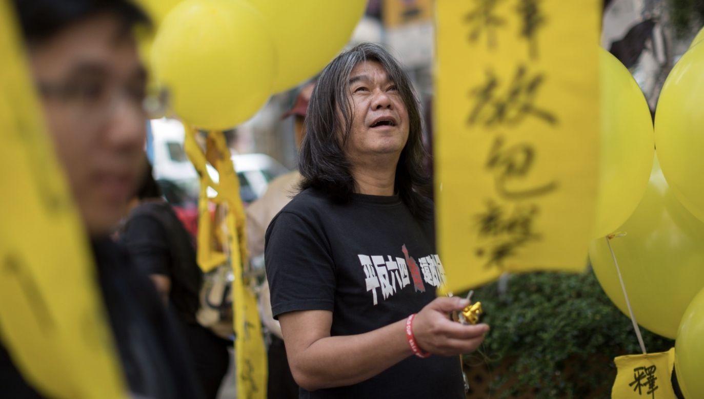 Sprawa dotyczyła byłego posła Leunga Kwok-hunga, który stracił w więzieniu długie włosy (fot. PAP/EPA/JEROME FAVRE)
