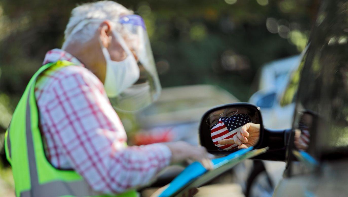 W USA stwierdzono już ponad 8 mln zakażeń (fot. Reuters/Jonathan Drake)