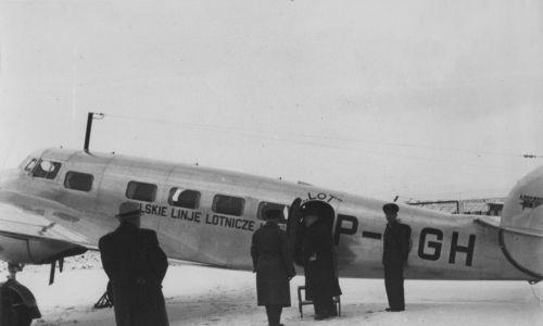 Samolot L-10 Electra zabierał 10 pasażerów i 2 członków załogi. Fot. NAC/IKC