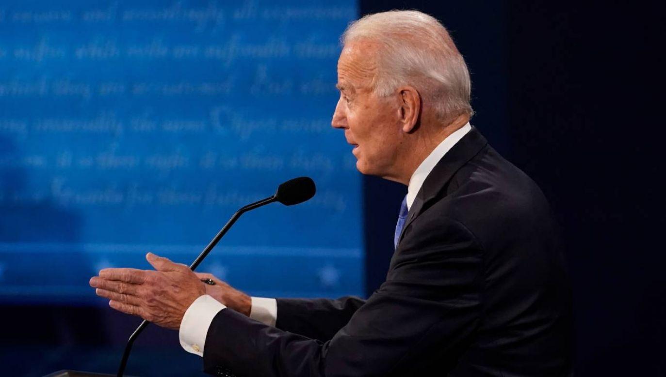Zatrzymam dotacje dla przemysłu naftowego. Nie będzie federalnych dotacji – wyjaśniał swoje podejście Biden (fot. PAP/EPA/Morry Gash / POOL)
