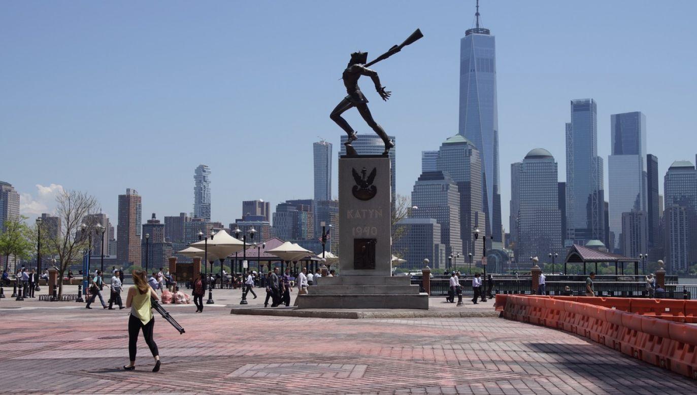 Pomnik Katyński w Jersey City należy do najsłynniejszych rzeźb Pityńskiego (fot. Shutterstock/Mariusz Lopusiewicz)