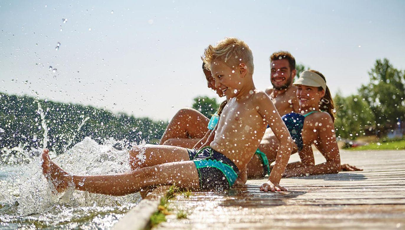 Nadal można korzystać z bonów turystycznych (fot. Shutterstock/Robert Kneschke)