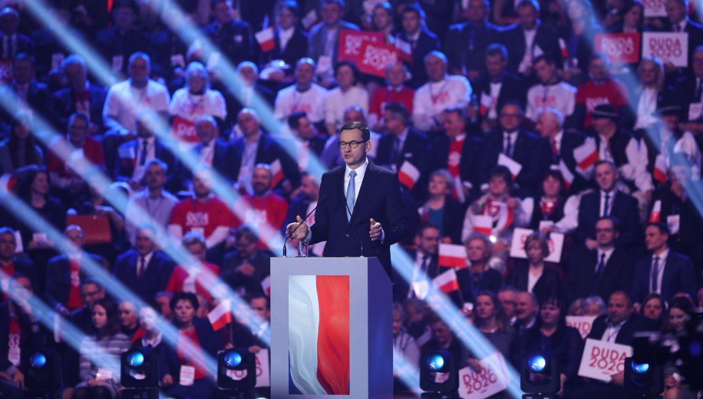 """Prezydent jest """"inspiracją i współdecydentem w kluczowych sprawach gospodarczych"""" – mówił premier (fot. PAP/Rafał Guz)"""