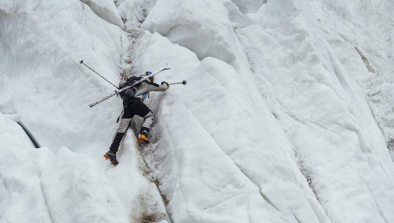 Andrzej Bargiel w trakcie wyprawy na K2. Fot Red Bull Content Pool
