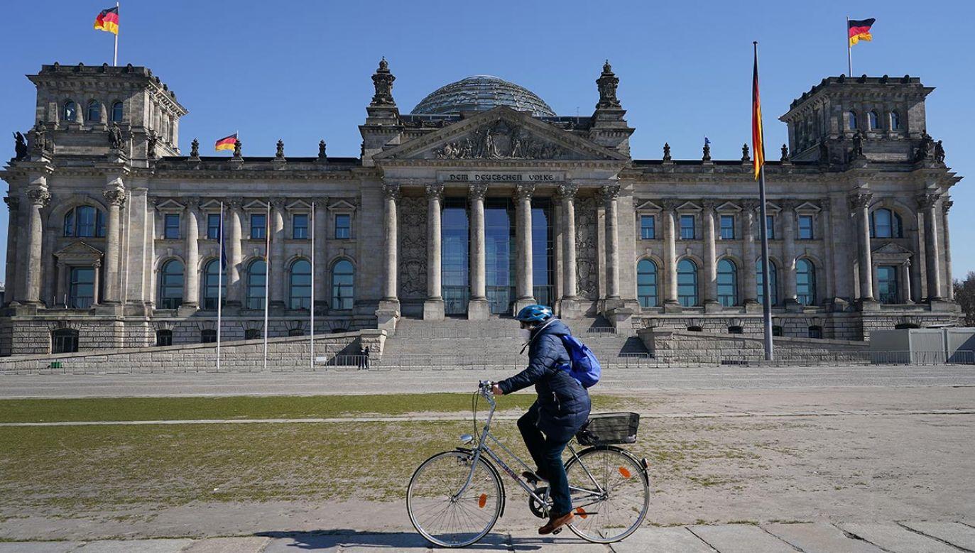 W Niemczech pojawiają się apele o większe swobody  dla zaszczepionych (fot. Sean Gallup/Getty Images)
