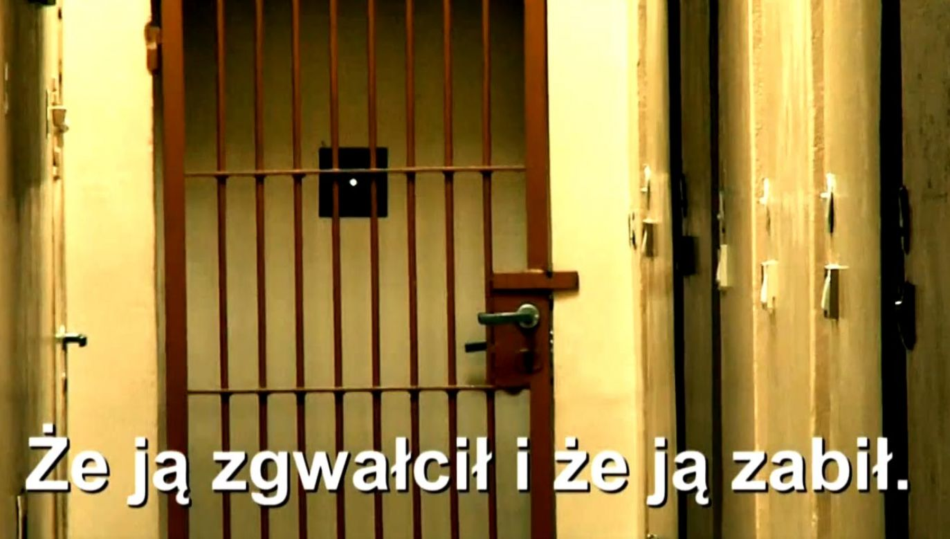 Nad niewinnym człowiekiem znęcali się także policjanci (fot. TVP Info)