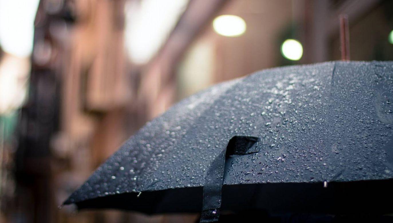 W wielu regionach kraju możliwe są deszcze (fot. Pexels)
