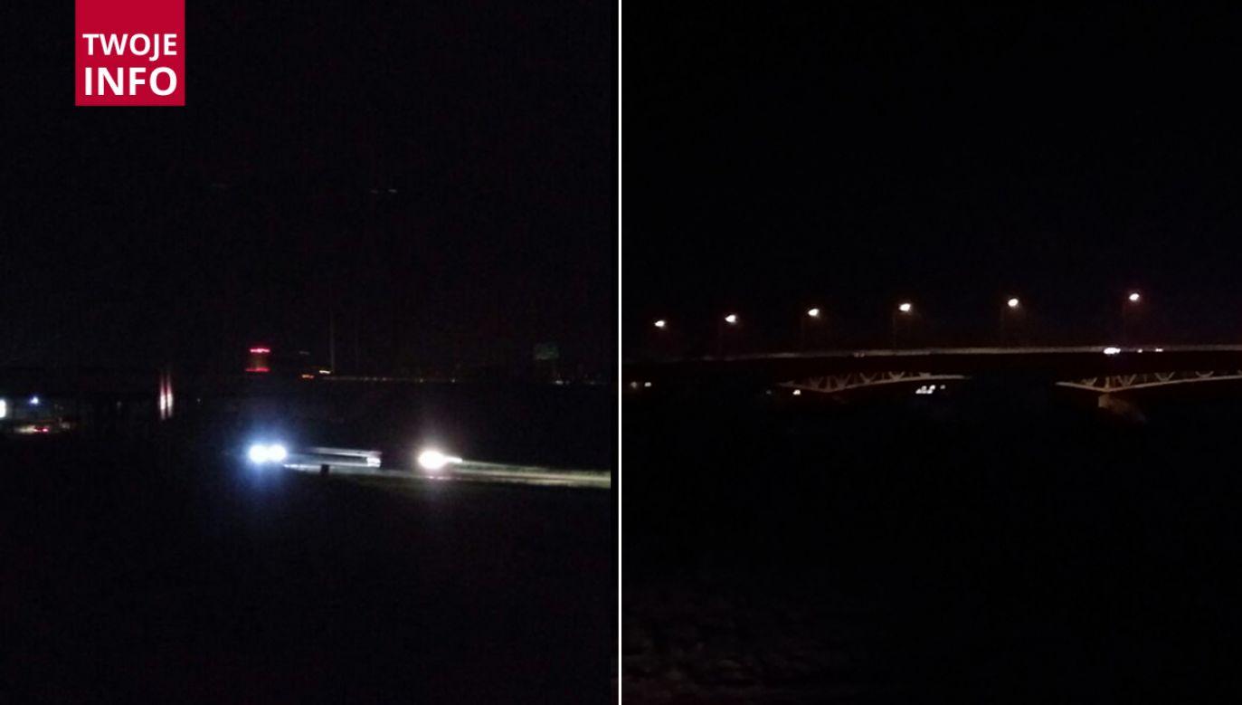–  Wspomniany most na rzece Wisła oraz węzeł Kraków, po godz. 16:40 są oświetlone   – zapewnia portal tvp.info pracownik UM w Sandomierzu  (fot. Twoje Info)