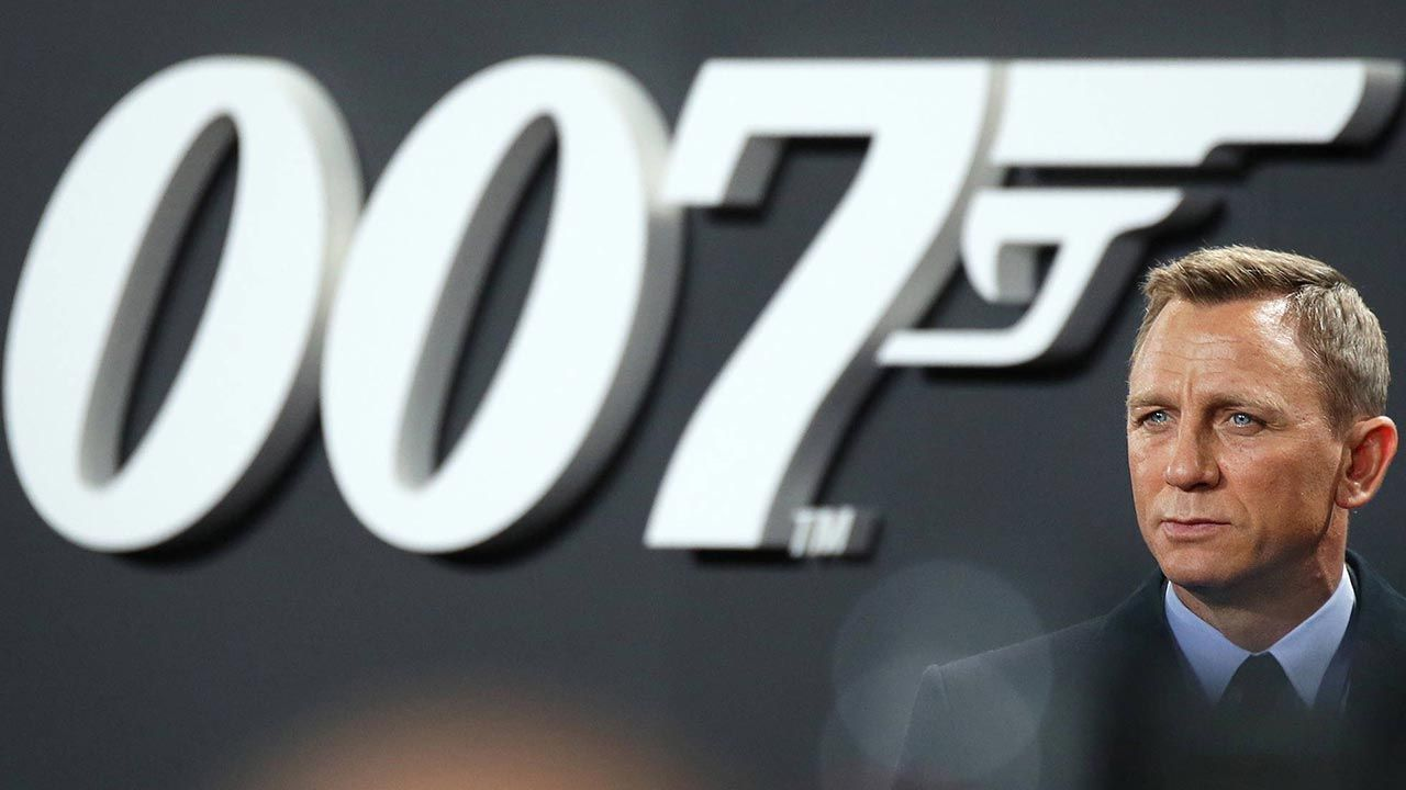 Kiedy nowy film z Jamesem Bondem trafi do kin? (fot. PAP/EPA/JOERG CARSTENSEN)