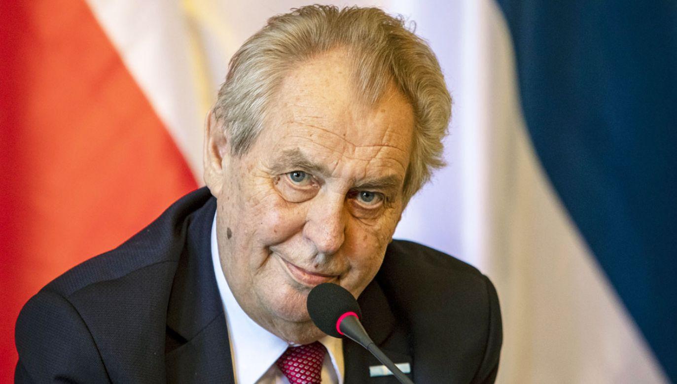 Prezydent Czech Milosz Zeman (fot. PAP/EPA/MARTIN DIVISEK)
