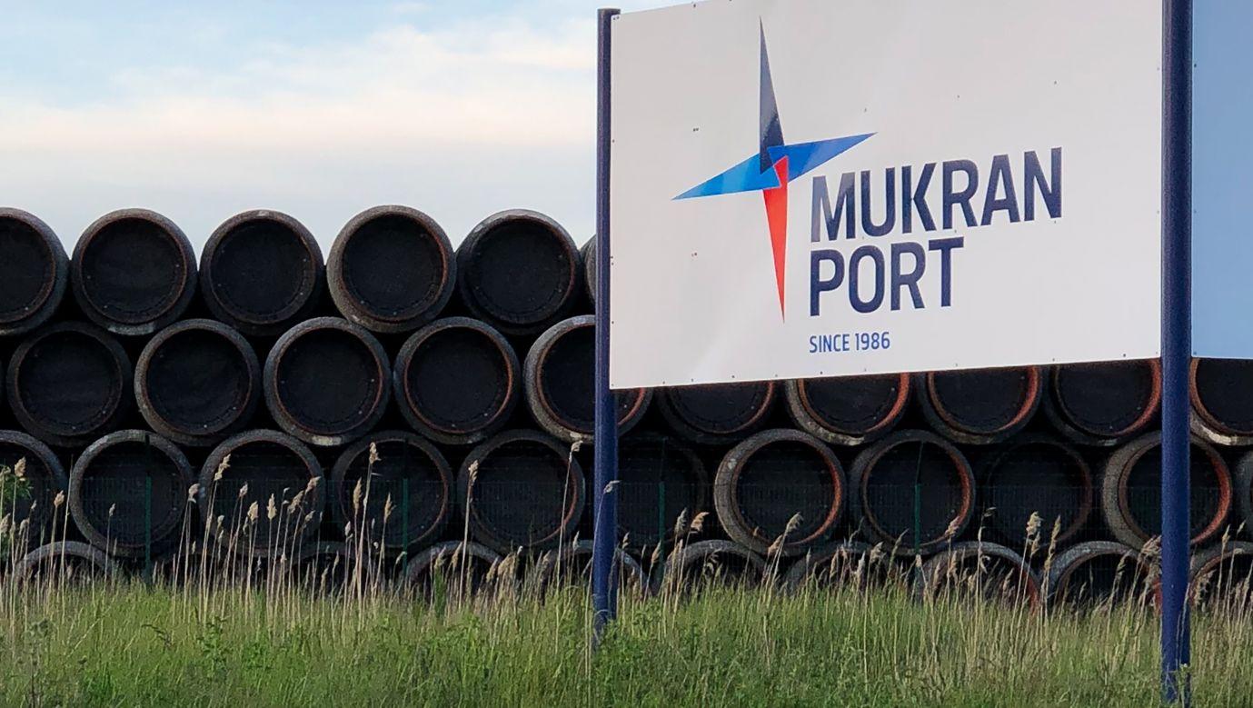 Rury do budowy gazociągu Nord Stream 2 składowane w porcie Mukran w niemieckim mieście Sassnitz. Maj 2020. Vyacheslav Filippov\TASS via Getty Images