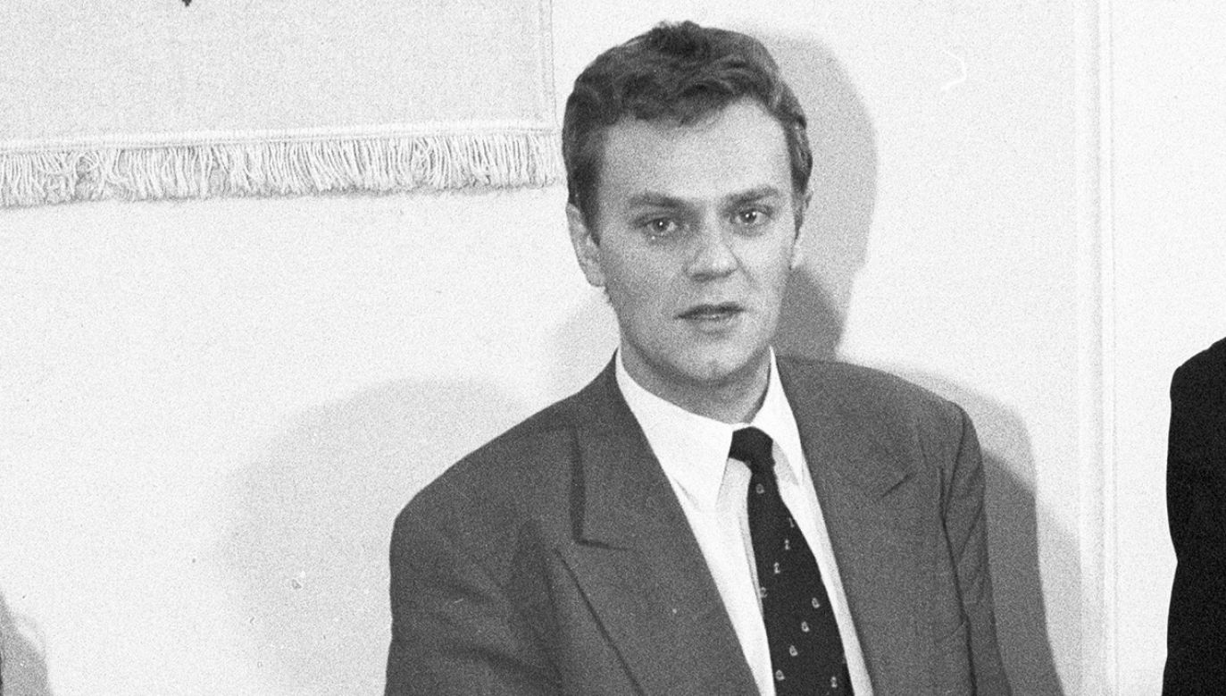 Co Donald Tusk robił 13 grudnia 1981 r.? (fot. arch.PAP/CAF/Janusz Mazur)