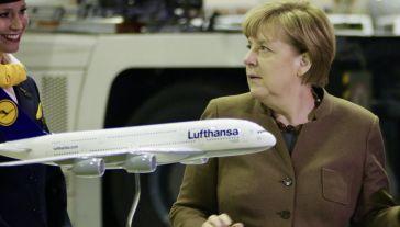 Niemiecki przewoźnik jest zagrożony z powodu koronawirusa (fot. Martin Leissl/Bloomberg via Getty Images)