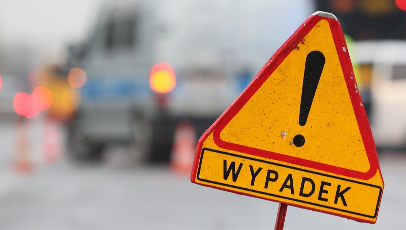 Jedna osoba została ranna w wypadku (fot. PAP/Leszek Szymański)