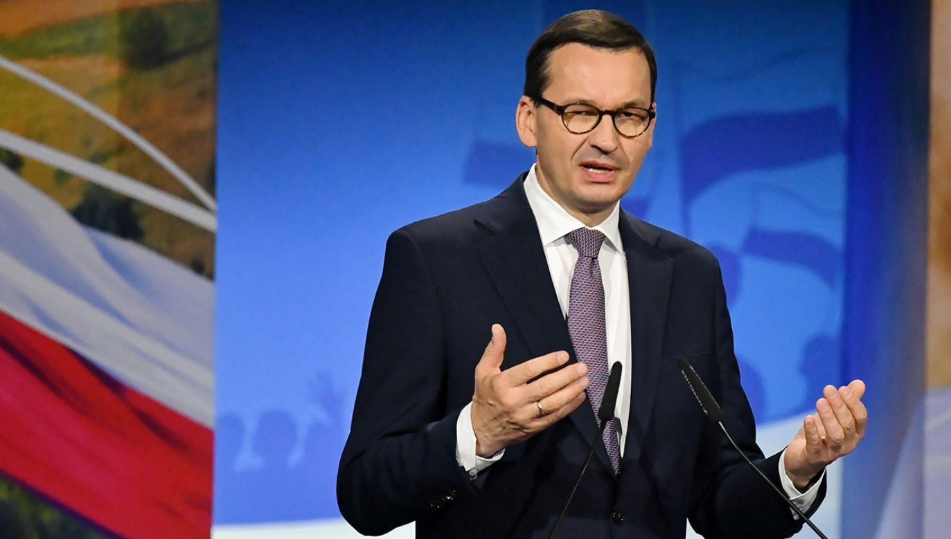 Mateusz Morawiecki przyłączył się do apelu prezydenta Andrzeja Dudy o jak największą frekwencję w niedzielnym głosowaniu (fot. PAP/Piotr Polak)