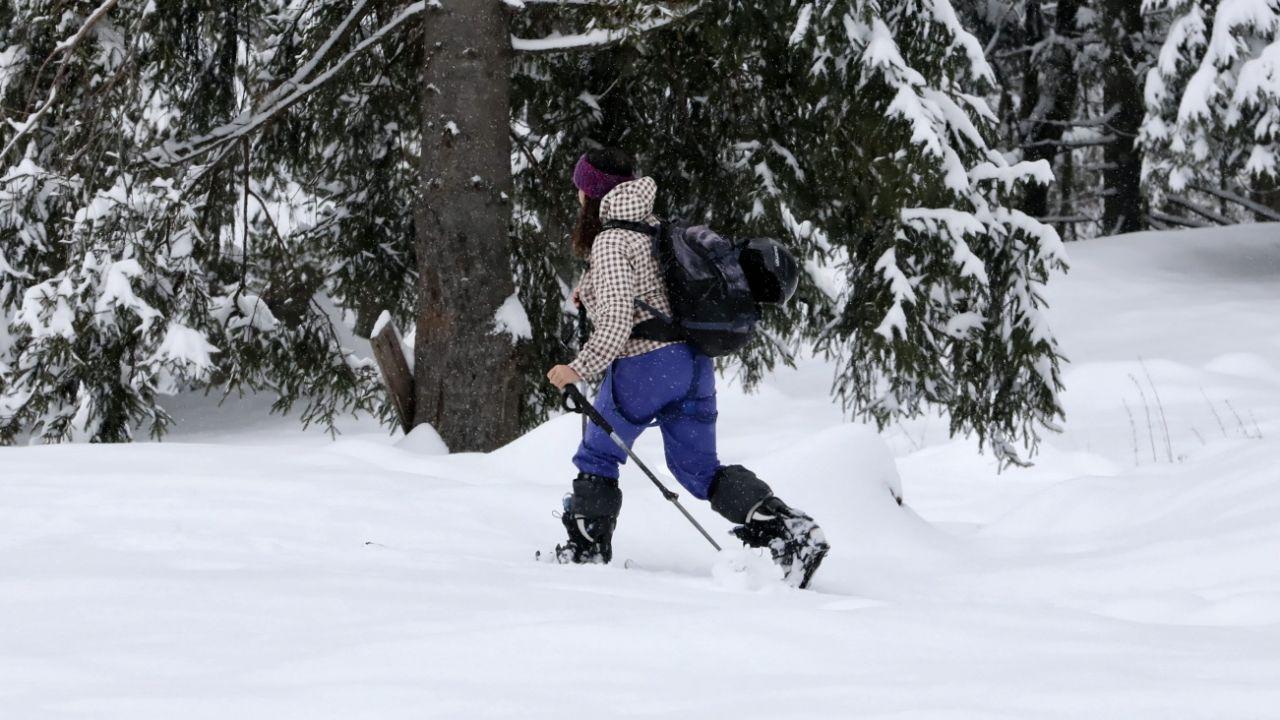 Pokrywa śnieżna wynosi 20-70 cm (fot. PAP/G.Momot, zdjęcie ilustracyjne)