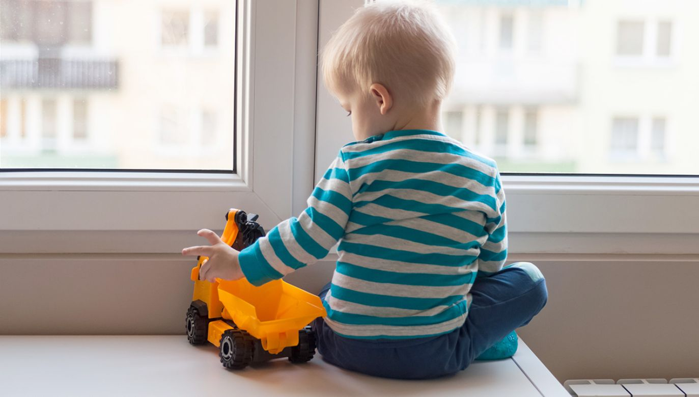 Nowela rozporządzenia umożliwi skuteczniejszą ochronę praw dziecka (fot. Shutterstock/surowa)