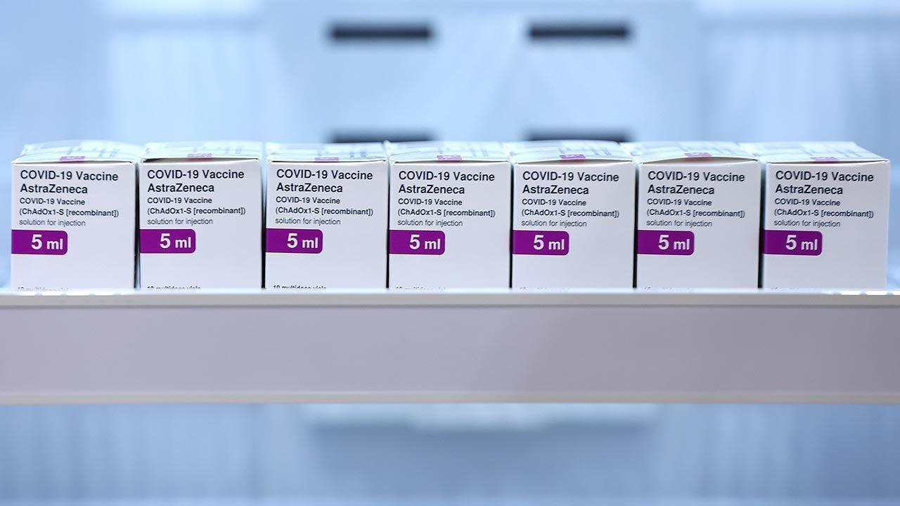 Tysiące szczepionek zamiast trafić do biednych krajów, może wylądować w koszu(fot. Paul Kane/Getty Images)