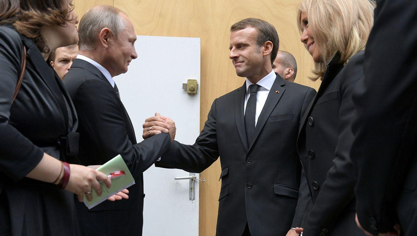 Emmanuel Macron dąży do resetu w relacjach z Rosją (fot. Sputnik/Alexei Druzhinin/Kremlin via REUTERS)