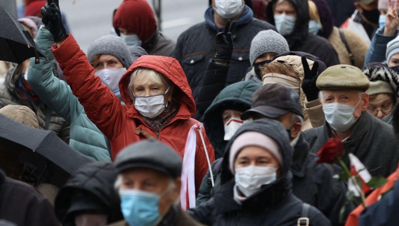 Poniedziałkowy marsz emerytów w Mińsku odbywał się już po raz ósmy (fot. PAP/EPA/STRINGER)
