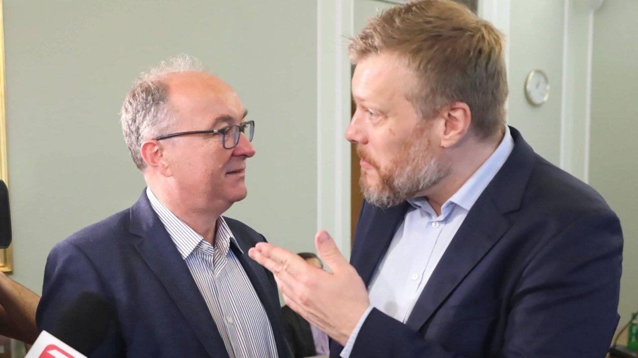 Liderzy Lewicy Włodzimierz Czarzasty i Adrian Zandberg (fot. arch. PAP/Tomasz Gzell)